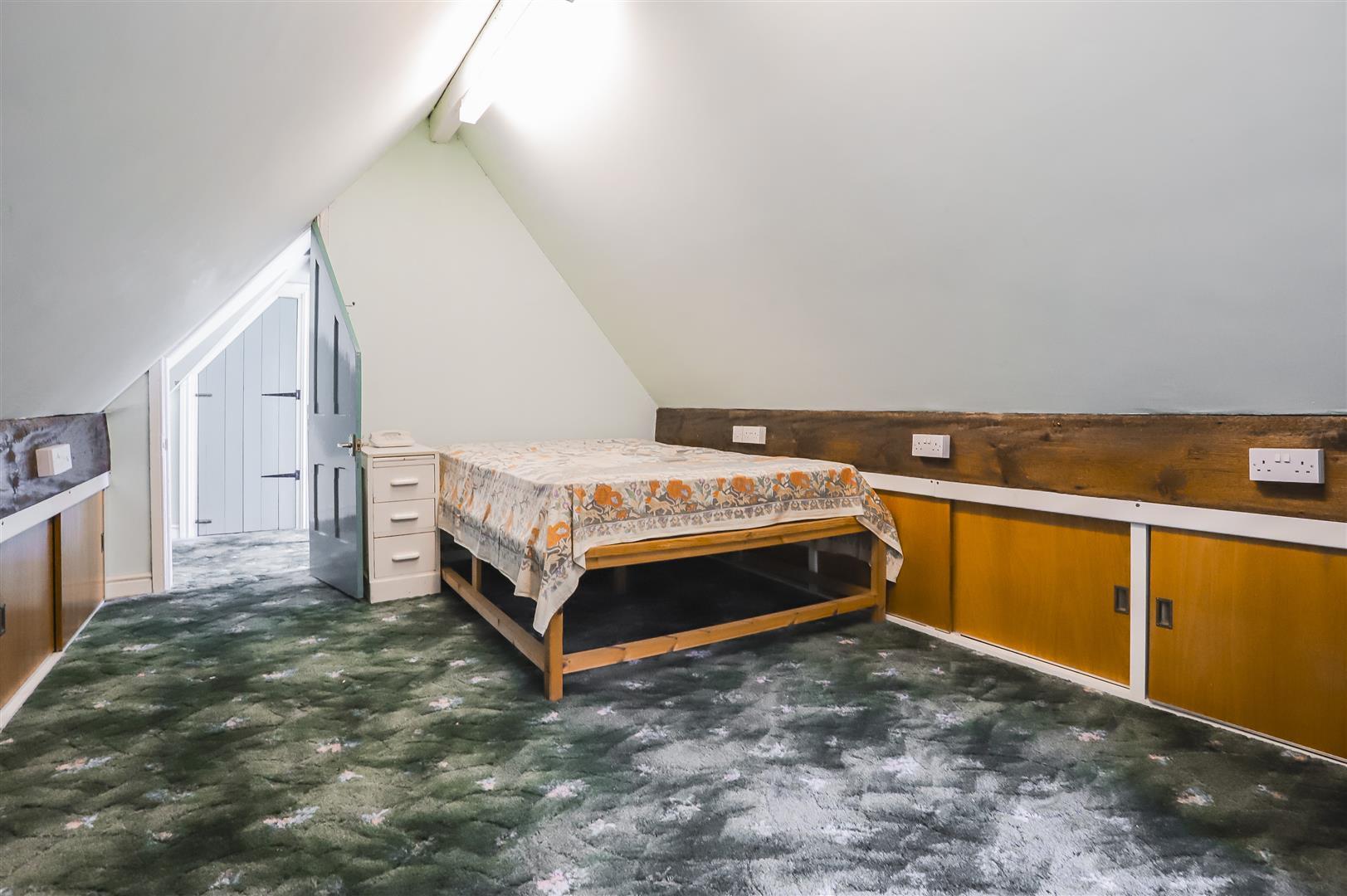 5 Bedroom Detached House For Sale - Image 69